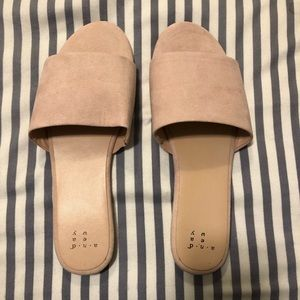 A New Day - Size 8 - Light Pink Slip Ons